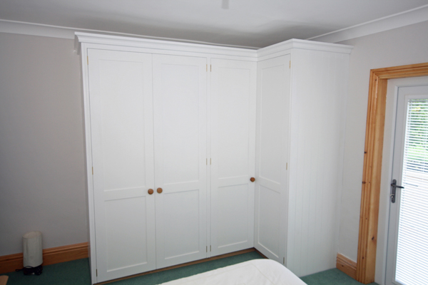 L Shaped Corner Wardrobes With Drawers
