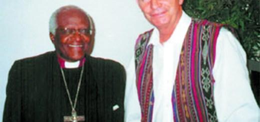 Shay Cullen le Desmond Tutu
