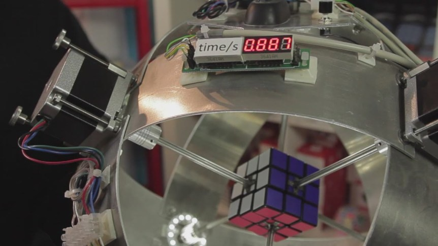 Robot Solves Rubik's Cube in 0.887 Seconds