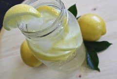Health Benefits Of Drinking Lemon Water (2)