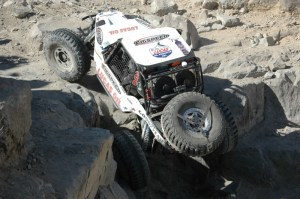 2011 02 FigspeedKOH21 300x199 Les Figueora Drags to the Finish Line of the 2011 King of the Hammers