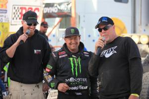 foxrs koh 2011 02 300x200 FOX Racing Shox Driver, Shannon Campbell, Wins 2011 King of the Hammers