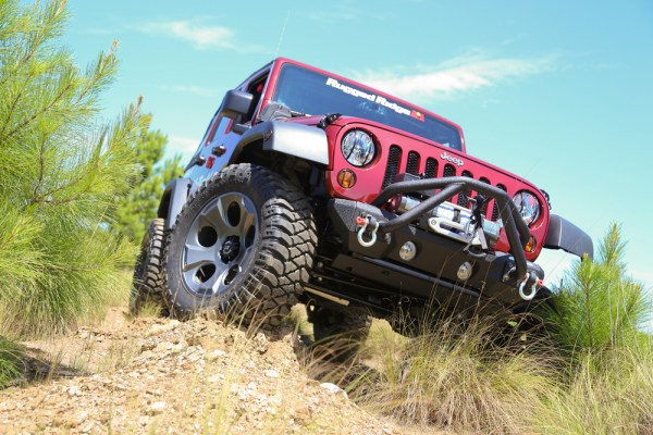 Rugged Ridge Drakon Wheel Installed on JK Jeep Wranger Front Passenger 3q 600x400 RUGGED RIDGE ANNOUNCES NEW DRAKON ALLOY WHEELS FOR '07 '13 JEEP® JK WRANGLER