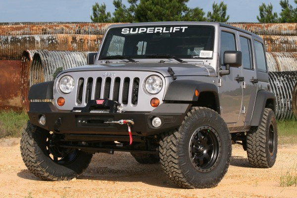 SL JK 2pt 5 at 6x4 B 600x400 Superlift Suspension Releases 2.5 Lift Kit