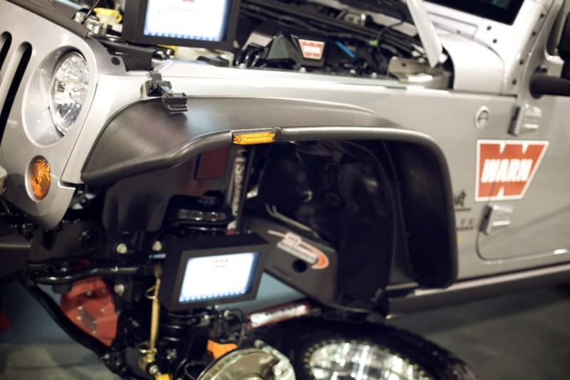 warnaevbrute10 800x533 SEMA 2013: WARNs AEV Double Cab Brute