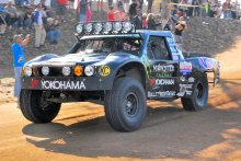 Cameron Steele racing on Yokohama Geolandar tires at the 2013 Baja 1000 220x147 Yokohama Tire Corporatio​n's Off Road Racers Reflect on 2013 Season