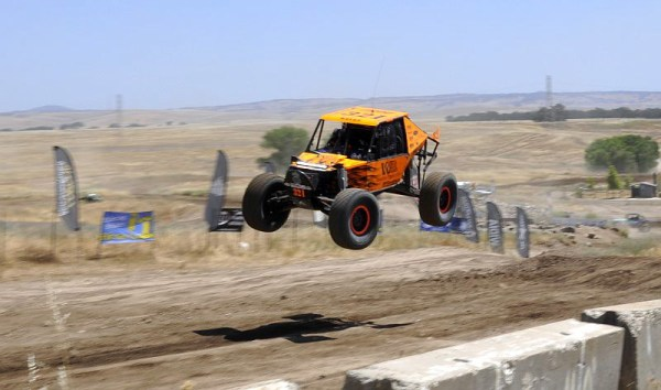 TBars4 Tom Wayes Stampede 2 600x354 Tom Wayes Wins Ultra4 NorCal Stampede After Last to Qualify In B Main