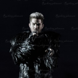 Queen, Adam Lambert srf 16-3563