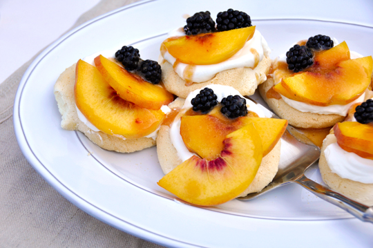 Peach and Blackberry Meringue