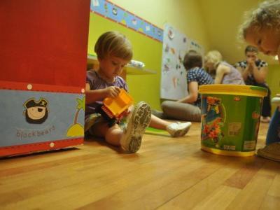 Prikupljanje igračaka i edukativnog materijala za evakuisane mališane