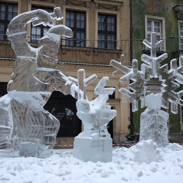 IMG_1707_roger_wing_ice_sculpture