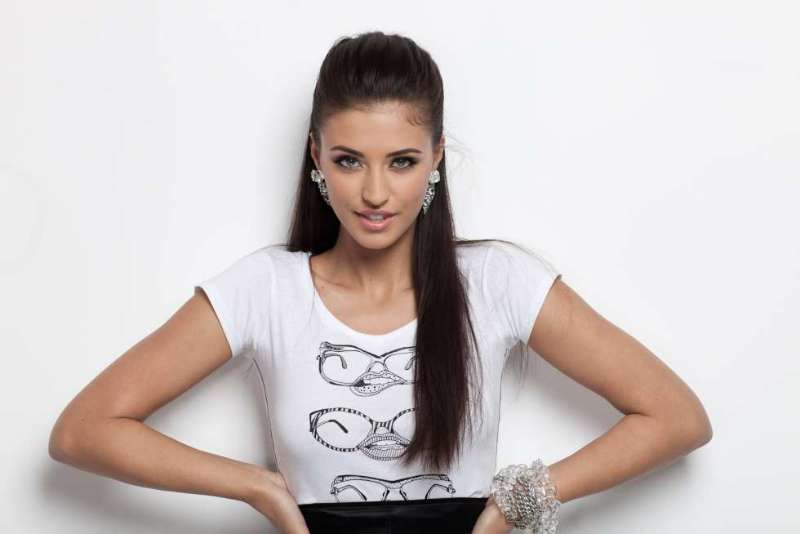 Mafia Girls Wallpaper Audio Romanian Song Marabou By Antonia Romania Insider