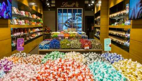 The Lindt Shop opened just over a year ago as their 1st flagship store in Rome
