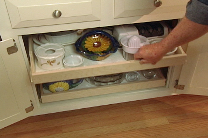 How To Make Pull Out Shelves For Kitchen Cabinets O Diy