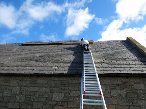 Climb The Ladder Safely Roofer911
