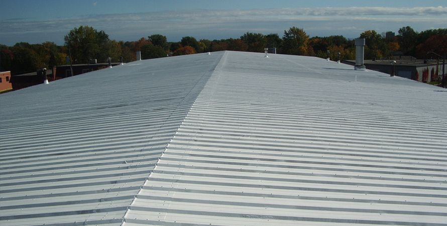 metal roofs for commercial buildings houston