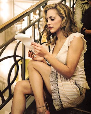 Sad Girl Death Wallpaper Brittany Murphy Died Rouge 18