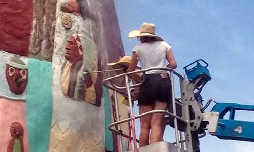Restoration of Totem Pole begins