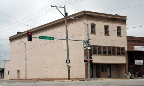 Ritz Theatre in Baxter Springs to reopen next month