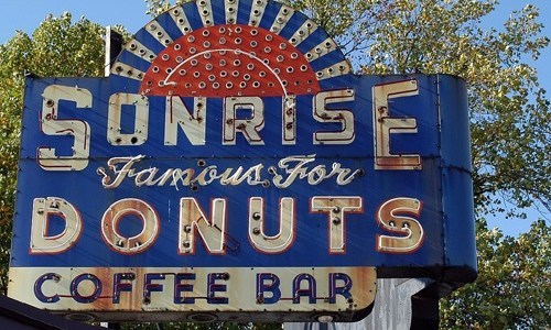 Mexican restaurant moves into Sonrise Donuts building