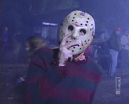 Freddy Krueger wearing Jason Mask - Nightmare on Elm Street behind the scenes photos, lobby cards, posters, promotional pictures (93)