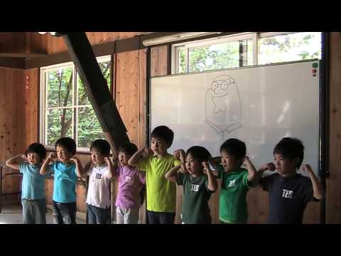 Japanese Kids Sing Dayman from It's Always Sunny in Philadelphia
