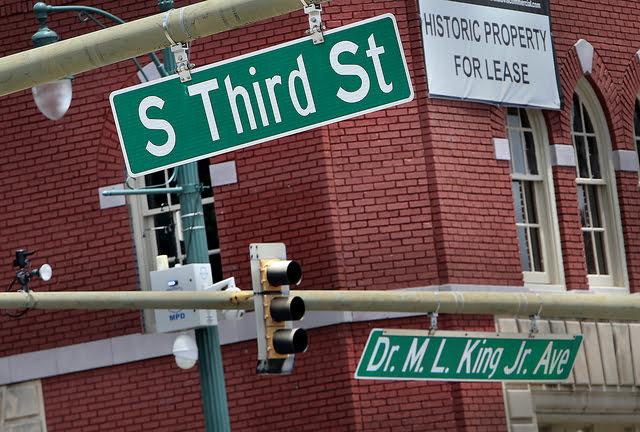 原本的 South Third Street 即將改名