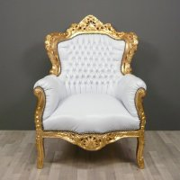 White baroque armchair - Tiffany lamps - Bronze statues