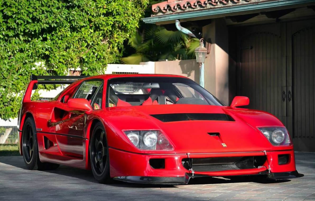 Girl And Car Wallpaper 1992 Corvette 1992 Ferrari F40 Lm Front Photo Size 1192 X 763 Nr 1