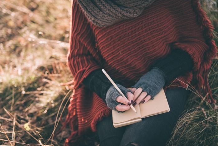 Menulis Membuatmu Lebih Bahagia