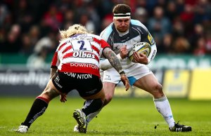 Richard Hibbard tried to tackle Rob Vickers