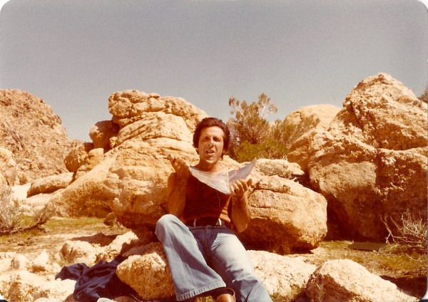 Al Valletta pretends to be comfortable in the cold wind of the Mojave Desert just before his scene begins