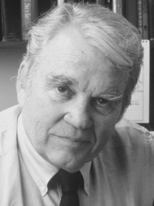 Andy Rooney was a satirical political/cultural syndicated columnist and senior CBS NEWS producer/reporter and 60 Minutes commentator. Mr. Rooney's weekly column appeared in the Valley Vantage throughout the 1990s.