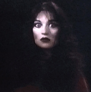 Alexis performing in the last shot of the movie.