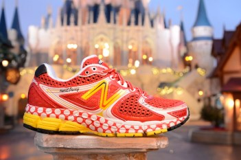 Disney running, runDisney, Minnie Mouse, running shoes