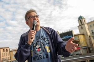 DISNEY RUNNING, RUN DISNEY, WALT DISNEY WORLD MARATHON, runDisney, Drew Carey