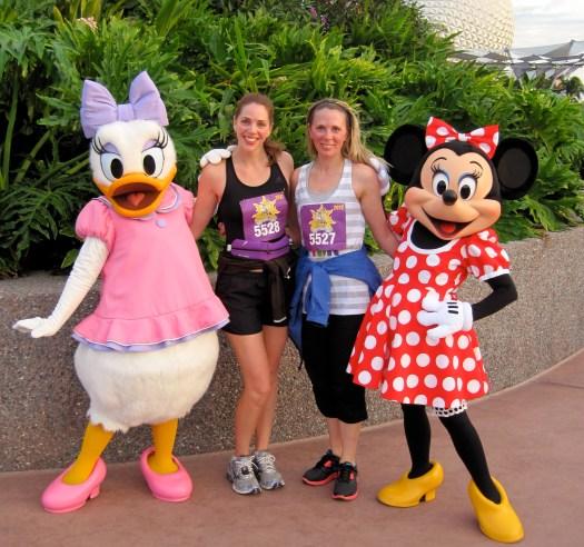 running races, Daisy Duck, Minnie Mouse, Royal Fmaily 5K Fun Run
