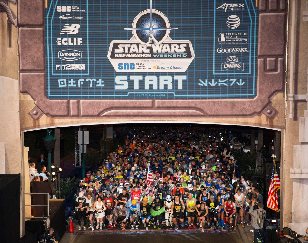 Walt Disney World Star Wars Half Marathon 2016 Opens