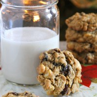 . chewy white chocolate cranberry oatmeal cookies .