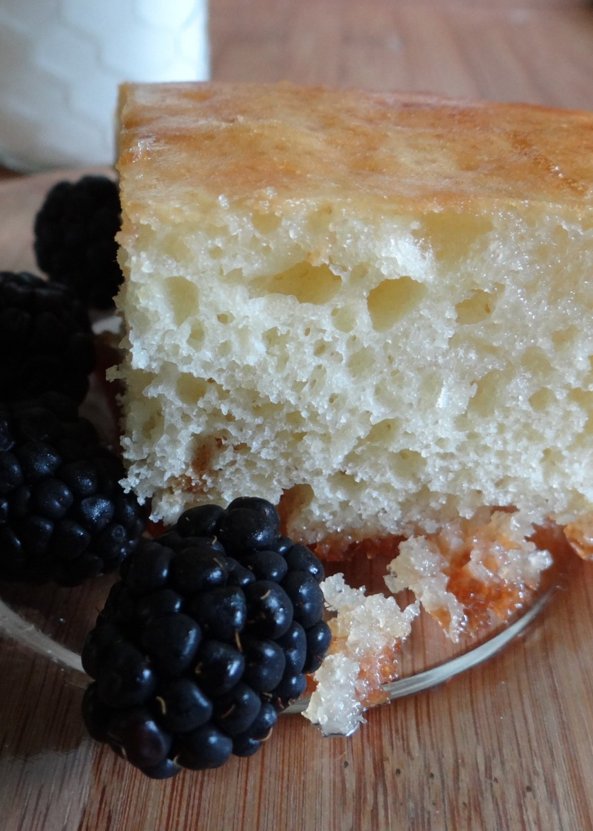 Greek Yogurt Lemon Cake