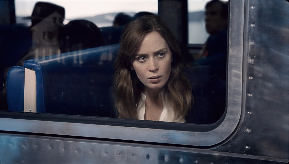 THE GIRL ON THE TRAIN Preview and Giveaway! #TheGirlOnTheTrain