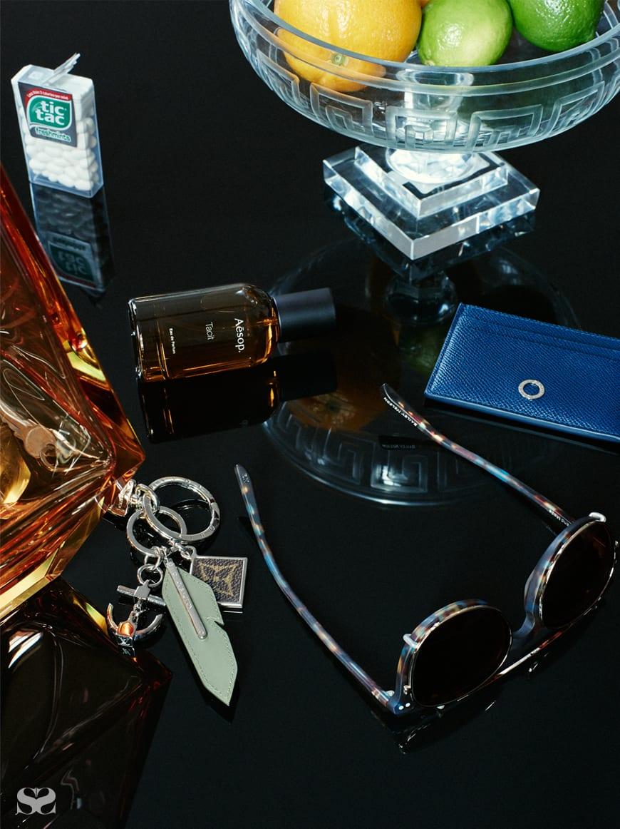 AESOP Tacit EDP; BVLGARI cardholder; BAILEY NELSON glasses; LOUIS VUITTON key ring.
