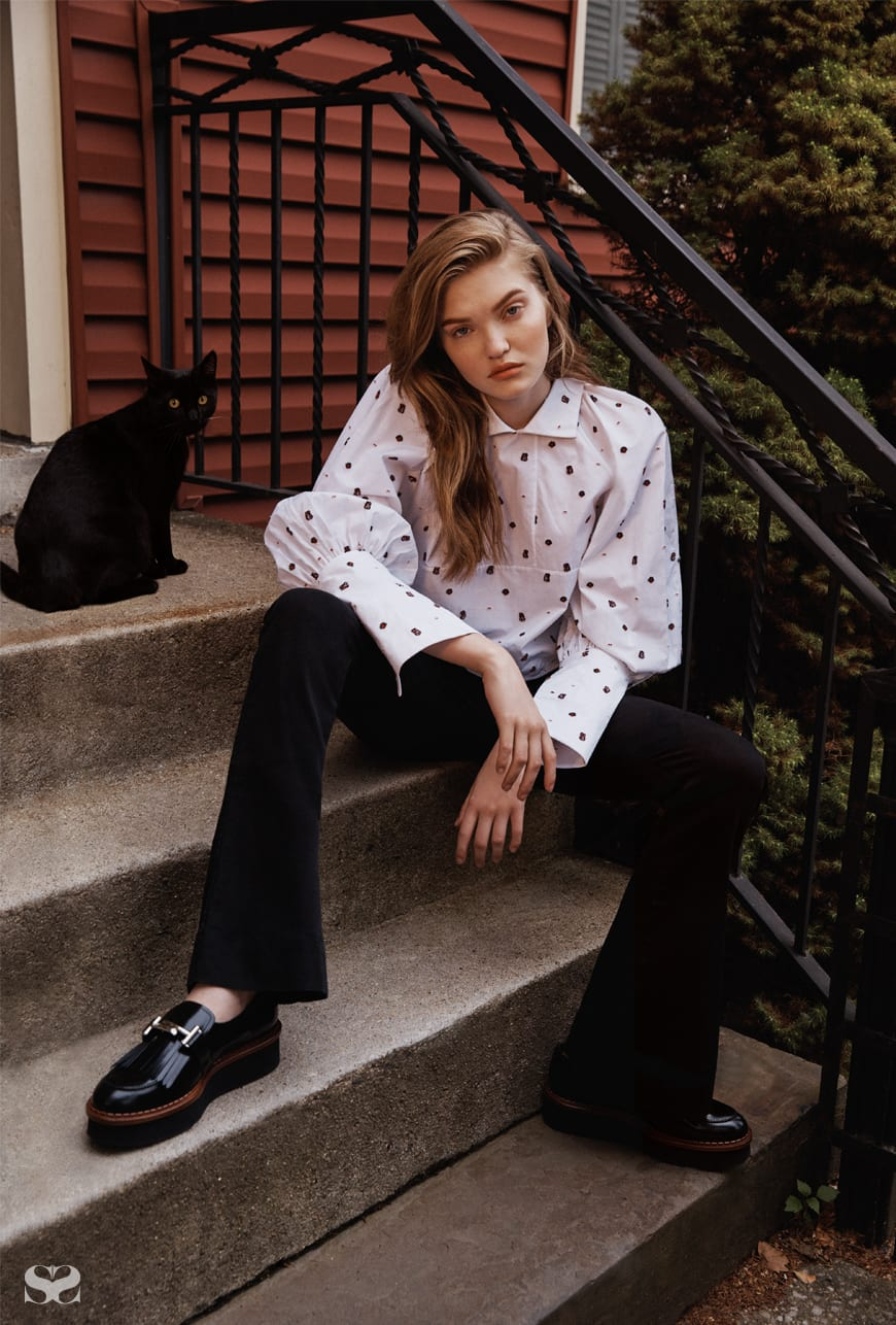 ELLERY top; THE FIFTH LABEL jeans; TOD'S shoes.