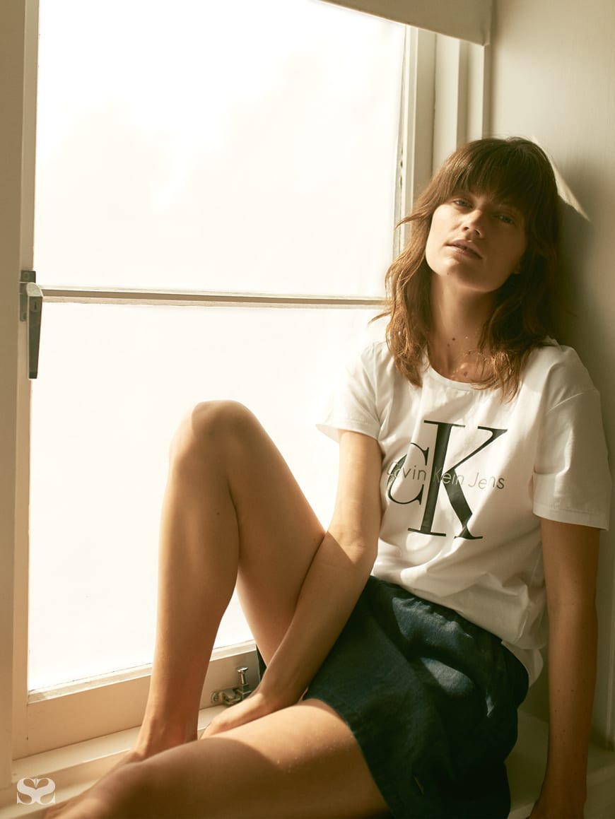 CALVIN KLEIN JEANS t-shirt and shorts.