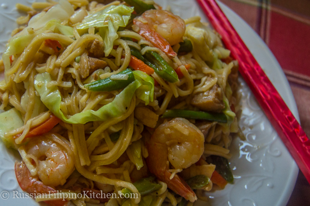 Pancit Canton Guisado With Pork, Chicken, and Shrimps