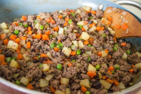 Baked Filipino Beef Empanada 19