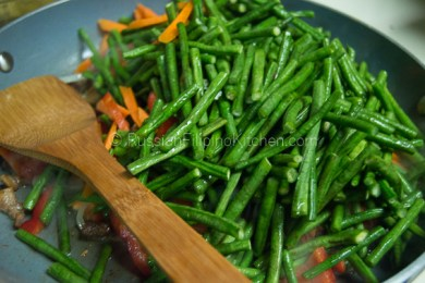 Ginisang Sitaw (Sauteed Long Beans With Pork) 10