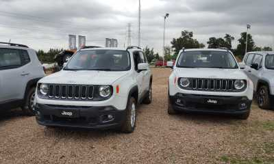 Jeep Renegade 2016 (6)