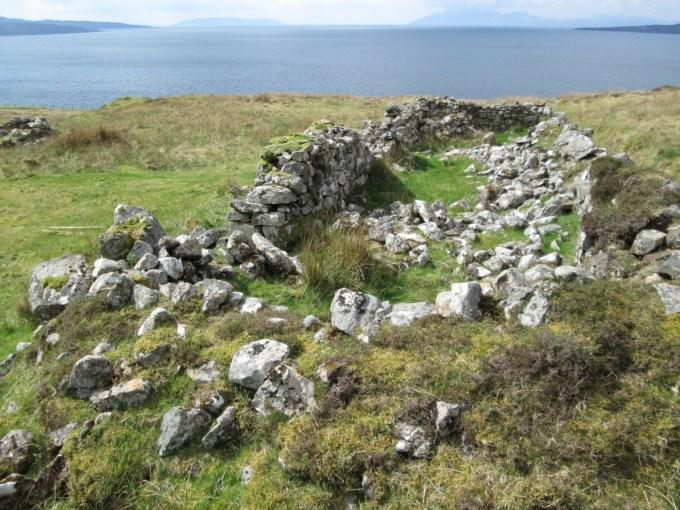 Ruin In Suisnish