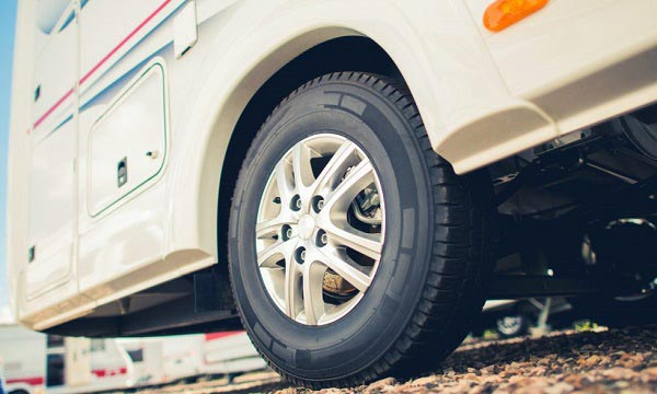 10 Best RV Tires Reviewed and Rated in 2018